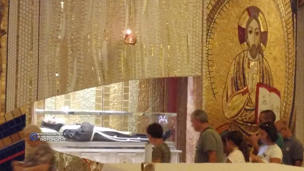 Spoglie Di San Pio Da Pietrelcina
