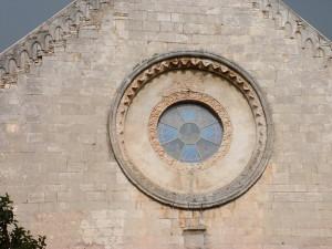 Chiesa di Sant'Onofrio. Rosone.