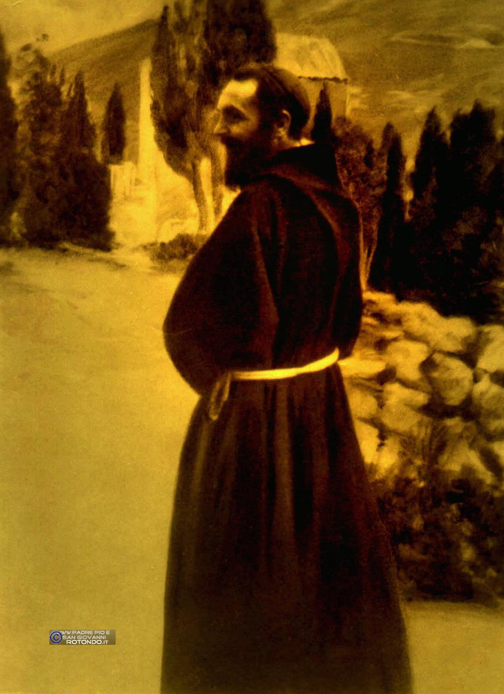 Padre Pio Nell'orto Del Convento