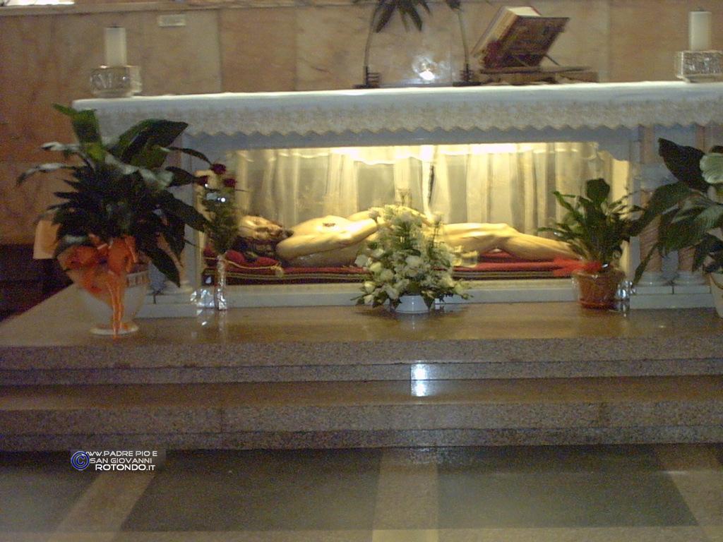 Cristo Della Vecchia Cripta Di P. Pio